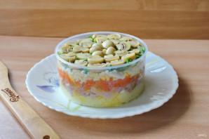 Слоеный салат с бужениной - фото шаг 10