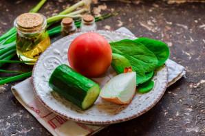 Овощной салат с растительным маслом - фото шаг 1