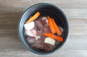 Суп из утки в мультиварке - фото шаг 2