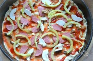 Пицца на слоеном бездрожжевом тесте - фото шаг 6