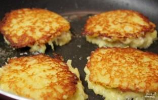 Картофельные блины с мясом - фото шаг 5