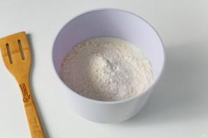 Блины на кефире без сахара - фото шаг 3