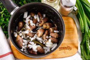 Куриные потрошки в сливочном соусе - фото шаг 4