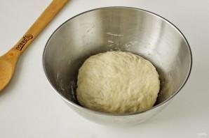 Дрожжевые пышки на сковороде - фото шаг 6