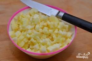 Дрожжевые оладьи с яблоками - фото шаг 5