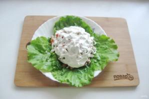Мясной салат с маринованным луком - фото шаг 11
