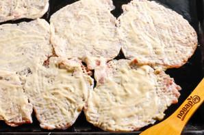 Отбивные с горчицей и майонезом в духовке - фото шаг 6