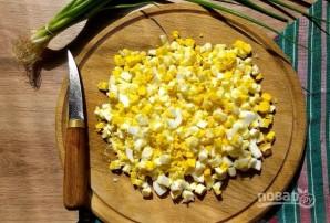 Пирожки с рисом и яйцом жареные - фото шаг 4