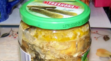 Рыбные консервы в скороварке - фото шаг 3