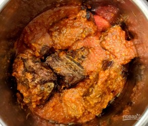 Тушеные ребрышки с картошкой в мультиварке - фото шаг 4