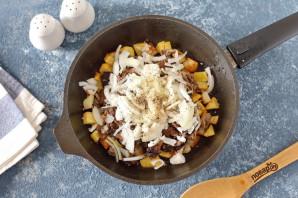 Пирог с маринованными грибами и картофелем - фото шаг 3