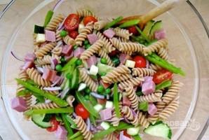 Салат с ветчиной, сыром - фото шаг 5
