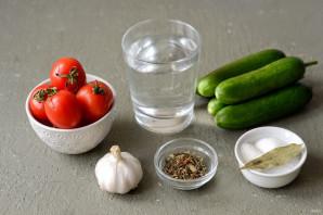 Маринованные огурцы и помидоры с лимонной кислотой - фото шаг 1