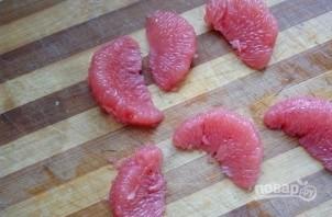 """Закуска """"Колокольчики"""" с сыром и грейпфрутом - фото шаг 1"""