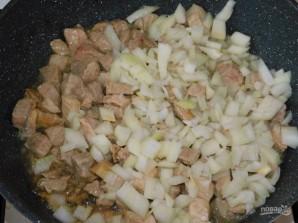 Свинина с брокколи в сливках - фото шаг 1