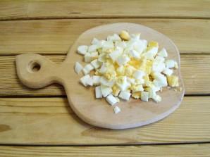 Салат с грибами и огурцами - фото шаг 5