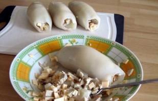 Кальмары с сыром в духовке - фото шаг 3