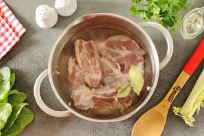 Щавелевый суп с сельдереем