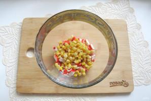 Зеленый салат с крабовыми палочками - фото шаг 3