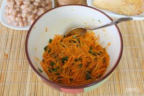 Салат с фасолью, морковью и копченой курицей - фото шаг 6