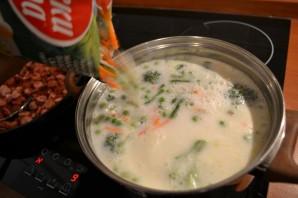 Сырный суп с сосисками - фото шаг 7