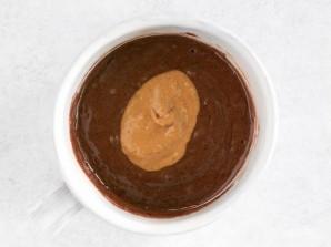Шоколадный десерт в чашке - фото шаг 3