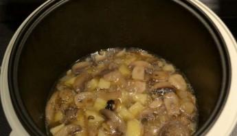Грибной суп пюре в мультиварке - фото шаг 2
