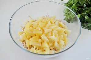 Салат из индейки с ананасом - фото шаг 4