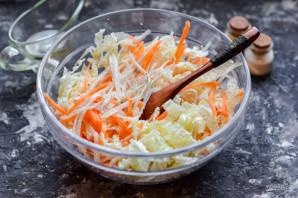 Салат с пекинской капустой и дайконом - фото шаг 7