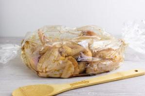 Куриные крылышки, запеченные в рукаве - фото шаг 3