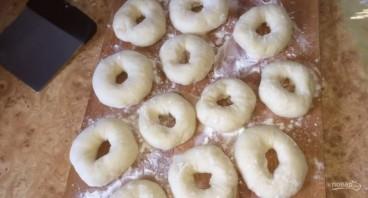 Пончики на закваске - фото шаг 4