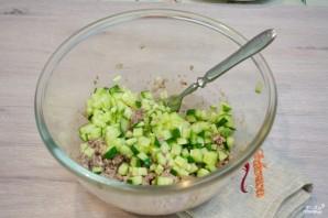 Рыбный салат из консервов - фото шаг 3