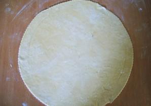 Тесто для жареных пирожков на кефире - фото шаг 2