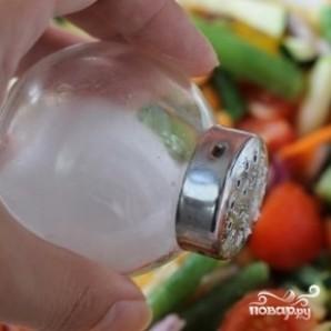 Куриный стейк под овощами и сыром - фото шаг 4