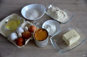 Бисквитный торт с вареной сгущенкой  - фото шаг 1