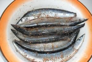 Сайра в духовке - фото шаг 3