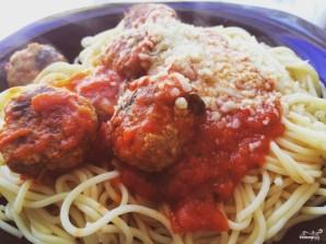 Спагетти с фрикадельками в томатном соусе - фото шаг 4