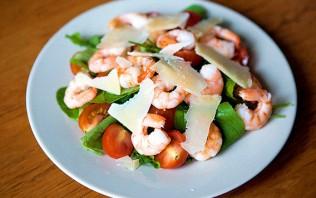 Салат с рукколой и креветками - фото шаг 6