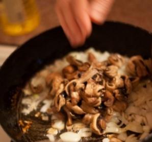 Галушки с грибами - фото шаг 3