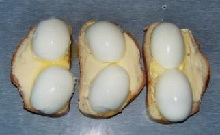 Бутерброды с яйцом и сыром - фото шаг 4