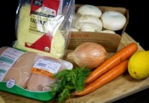 Запеканка с морковью, грибами и курицей - фото шаг 1