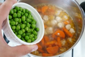 Суп с куриным фаршем - фото шаг 9