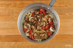Паста с помидорами и грибами - фото шаг 4