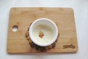 Яичница по-турецки с йогуртом - фото шаг 3