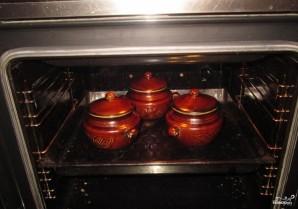 Говядина с гречкой в горшочке - фото шаг 8