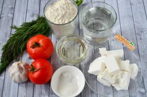 Пирожки с фетой, помидорами и зеленью - фото шаг 1