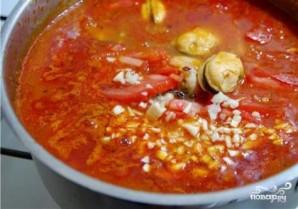 Томатный суп с мидиями - фото шаг 11