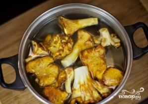 Мясо с лисичками - фото шаг 2