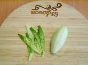 Кефир с огурцом и зеленью для похудения - фото шаг 2