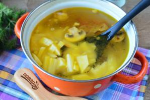 Грибной суп с сухариками - фото шаг 6